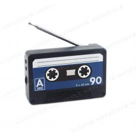 Radio a forma di musicassetta - Con retromagnete per calamitarla ad una superficie metallica